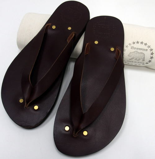 Browns-Sandal-Malibu-17Brown-0418-blog-03.jpg