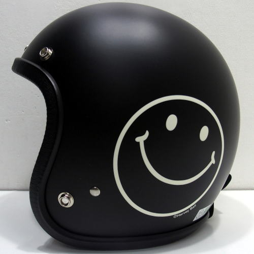 TMC-Buco-Smile-Black-011.jpg
