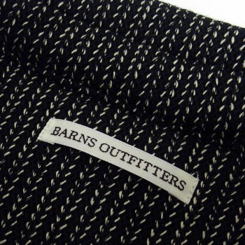 barns-br6529-black-018.jpg