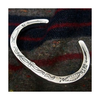 threeeight_ls-horseshoe-bangle-br0012.jpg