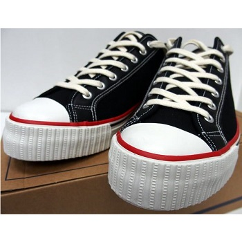 threeeight_wh-canvas-sneaker-black_2.jpg